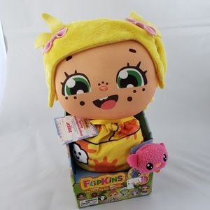 Flipkins Pocket Cuties Jessie 8-Inch Plush Doll